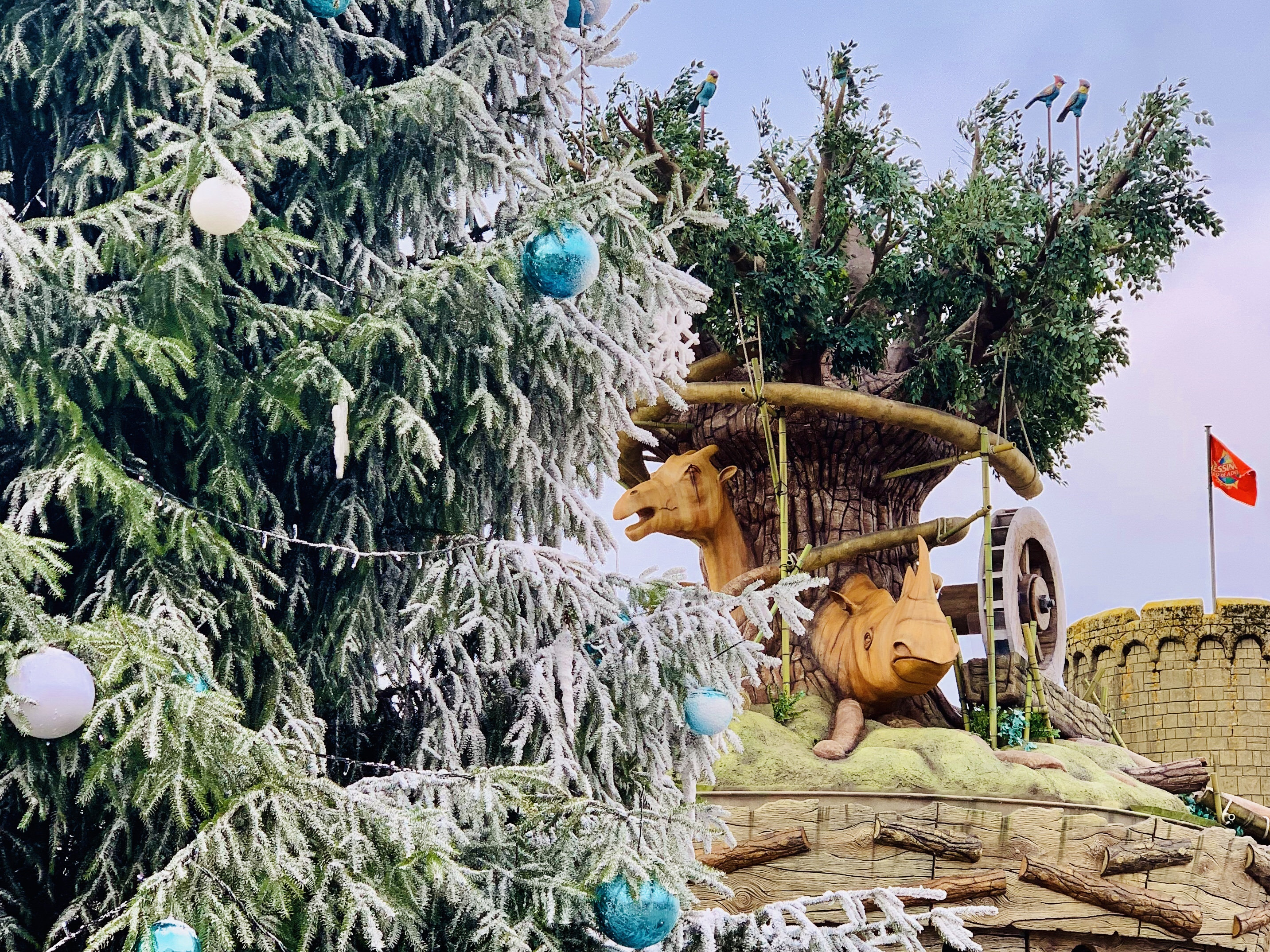 christmas tree and chessington adventure tree carousel