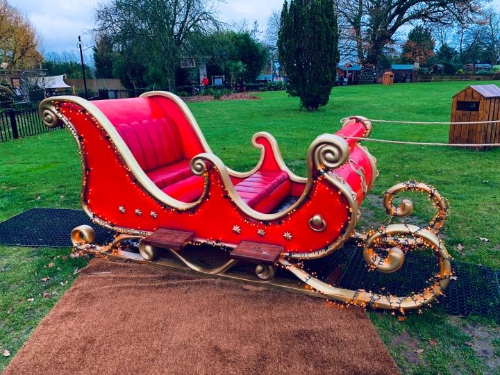 chessington winters tail review santa sleigh