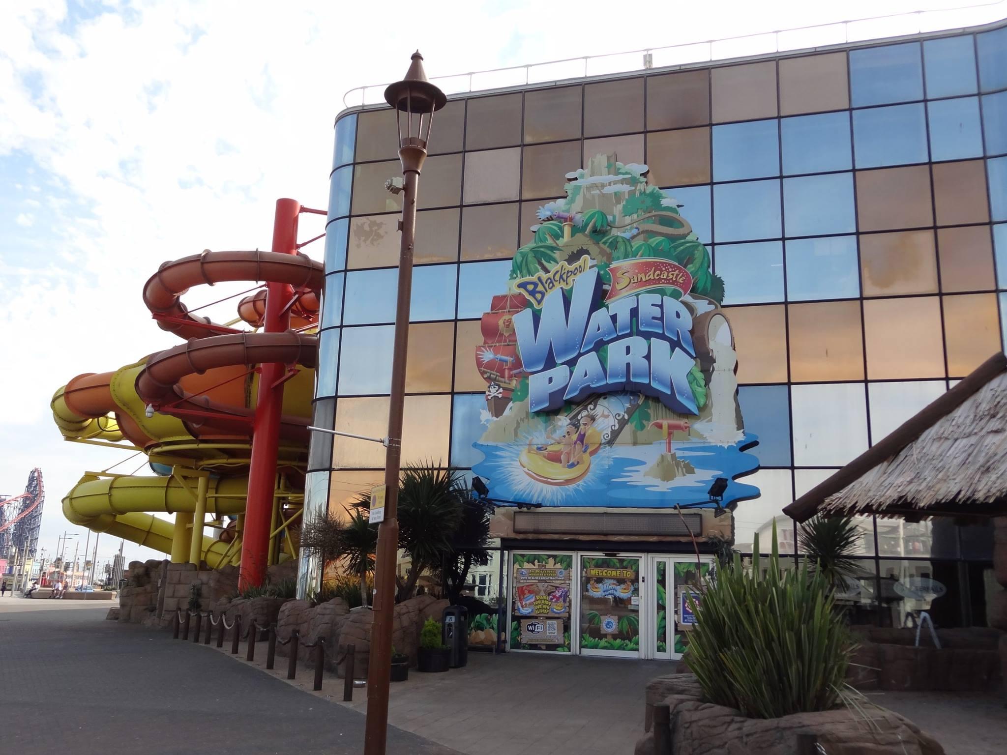 Sandcastle Waterpark Blackpool Entrance Image