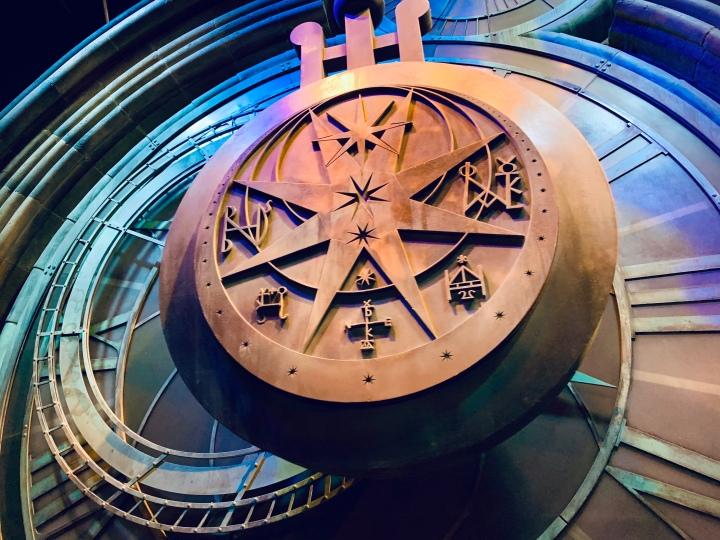 hogwarts ticking clock
