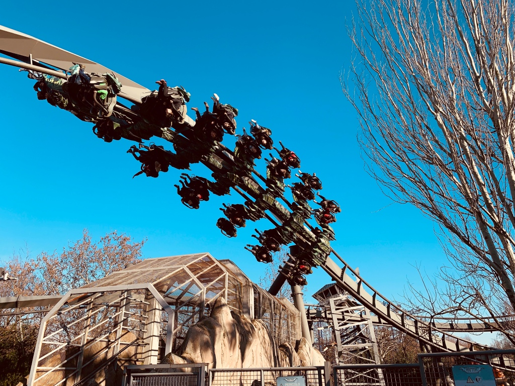 gardaland magic winter raptor rollercoaster