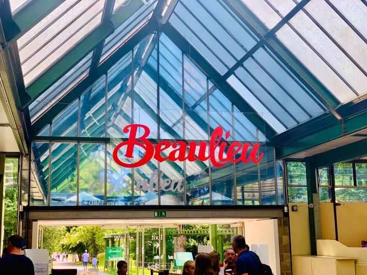 Beaulieu: Sunshine, Gardens and CarsGalore